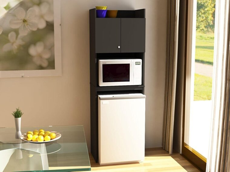 Can You Put a Microwave on Top of a Fridge? 4
