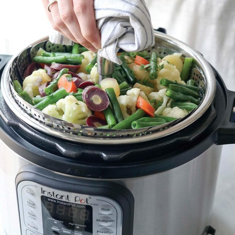 How to Steam Vegetables in a Rice Cooker without a Basket? 3
