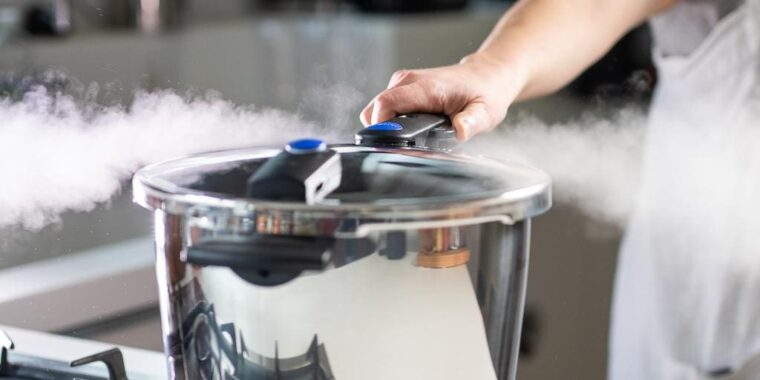 Are Pressure Cookers Safe (The Surprising Truth!) 1