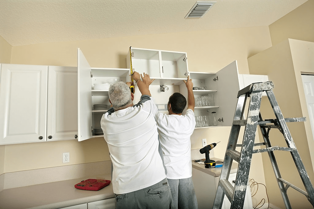 How Much Does It Cost To Put New Doors On Kitchen Cabinets? 3