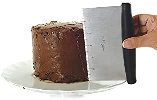 Best Bench Scraper For Icing Cake 4